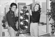 1983 - Thriller Certified Platinum  Th_579218607_180186_191228637576487_8305516_n_122_2lo