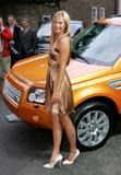 Maria Sharapova - Page 2 Th_00707_Maria_Sharapova_Land_Rover_Event_062206_10